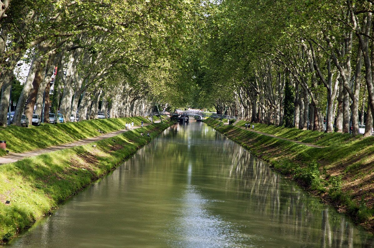 le canal du midi par immobilier toulouse canal du midi pinterest le canal du. Black Bedroom Furniture Sets. Home Design Ideas