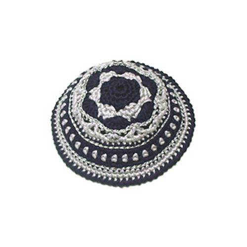 Festive Kippah / Yarmulke pattern by Shiri Mor | Tejido