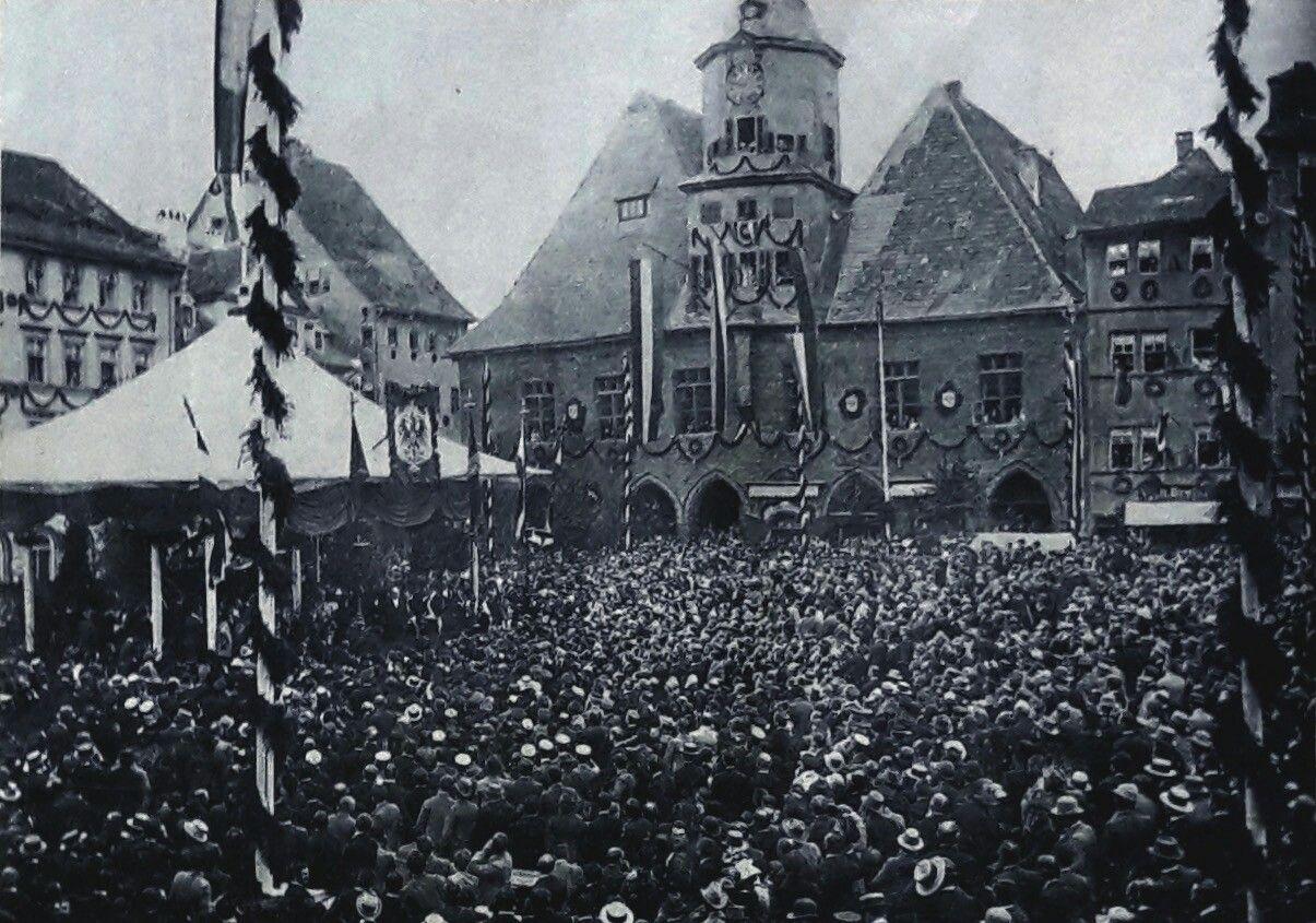 Historische Aufnahme Vom 31 Juli 1892 Bismark Spricht Auf Den