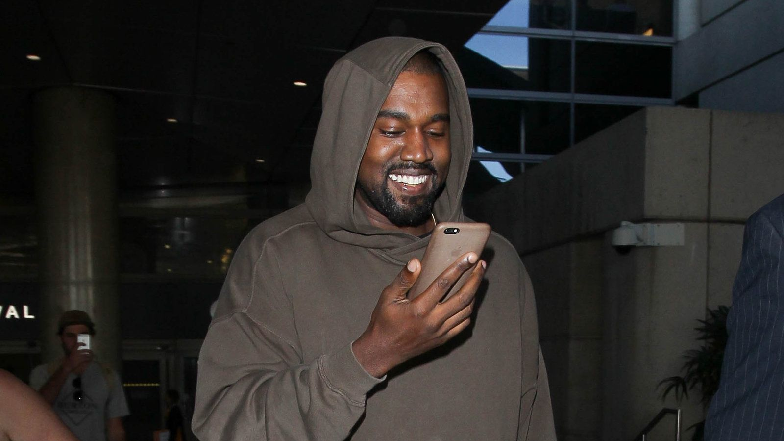 94 Kanye West Tweets I Would Literally Put On My Tombstone Good Morning Texts Morning Memes New Memes