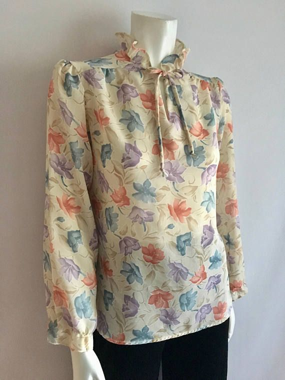c9272578746286 Vintage Women's 70's Cream Floral Blouse Sheer | Products I Love ...