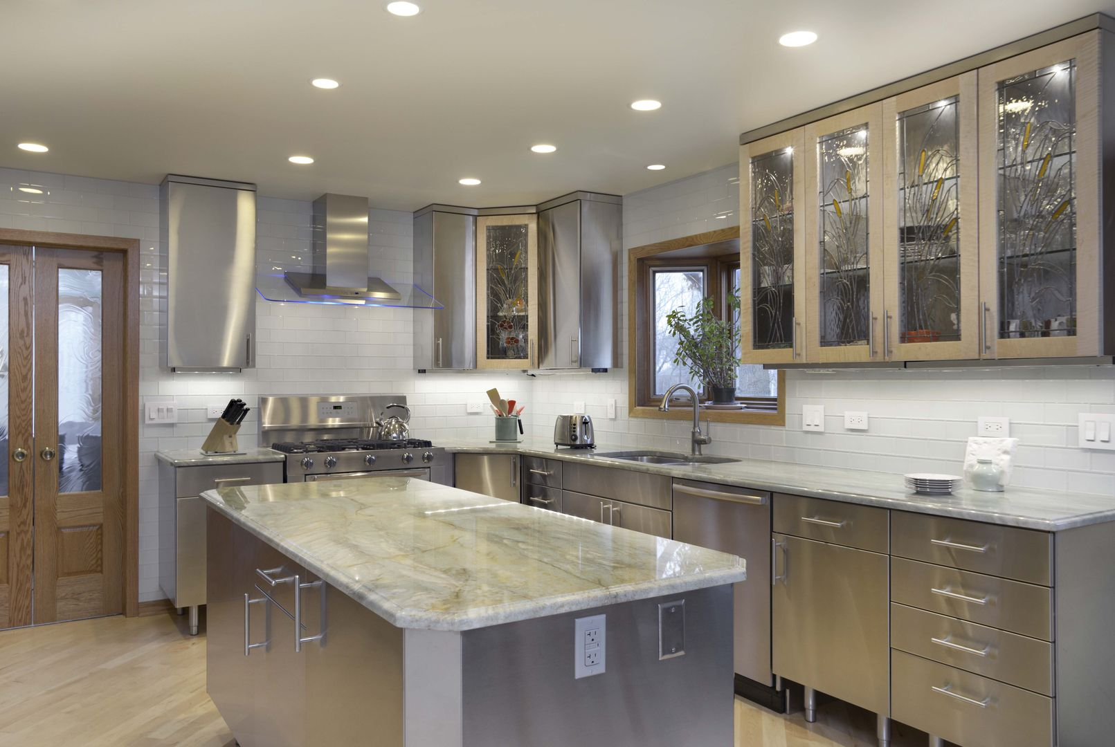 Stainless Steel Kitchens Stainless Steel Kitchen Cabinets Stainless Steel Countertops M Metal Kitchen Cabinets Kitchen Design Trends Steel Kitchen Cabinets