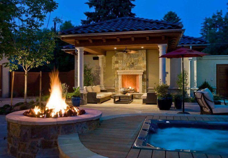 runde feuerstelle neben dem whirlpool feuerstelle pinterest eine feuerstelle am pool - Versunkene Feuerstelle