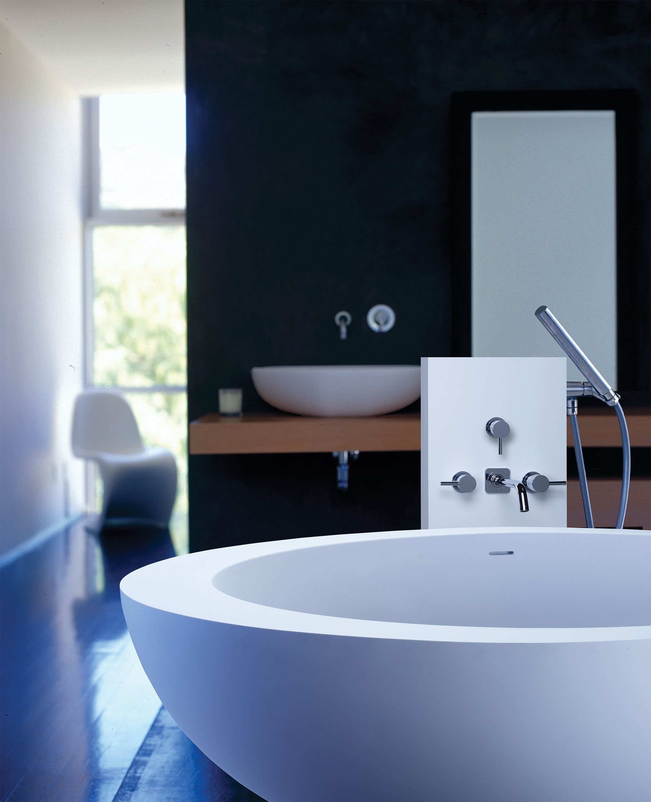 MTI Cascara freestanding tub with ESS faucet stand and Alissa sink ...