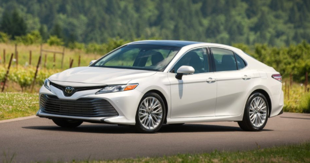 2020 Toyota Camry Xle Review Specs Price For The Lowest Toned Toyota Has Was Able To Make The Camry Not Dull Especially The Xle Toyota Camry Camry Renault