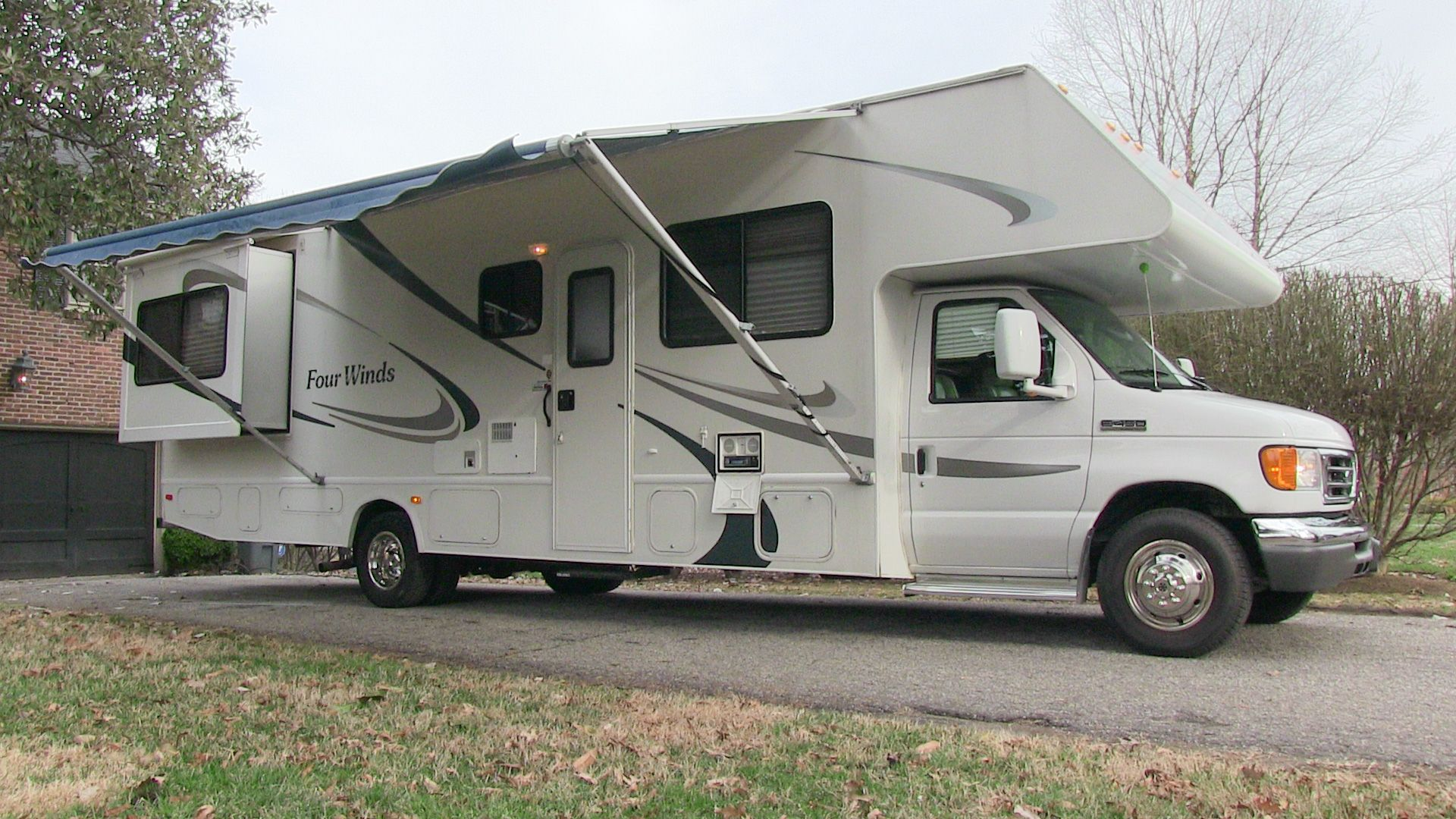 2006 Four Winds Chateau 31f Used Class C Motorhome Rv For