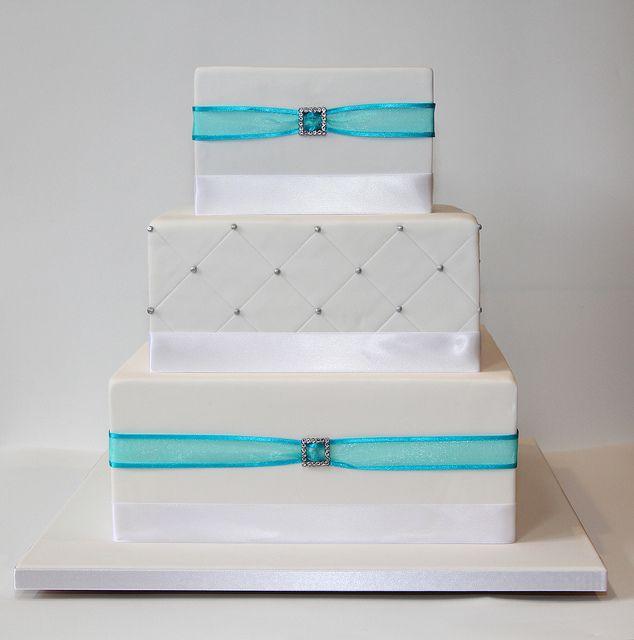 Square 3 tier wedding cake Wedding cake square Tier wedding