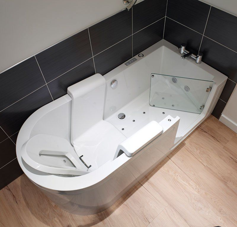 Walk In Bath With Reclining Powered Seat Walk In Tubs Bathtub Walk In Tub Shower Accessible Bathroom Design
