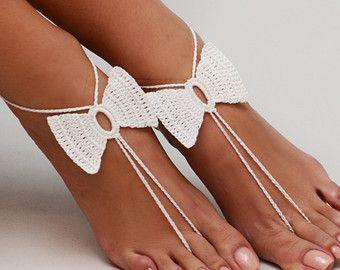 Haak wit Barefoot Sandals, voet sieraden, bruidsmeisje geschenk, blootsvoets sandles, strand, Anklet, bruiloft schoenen, strand bruiloft, zomer schoenen