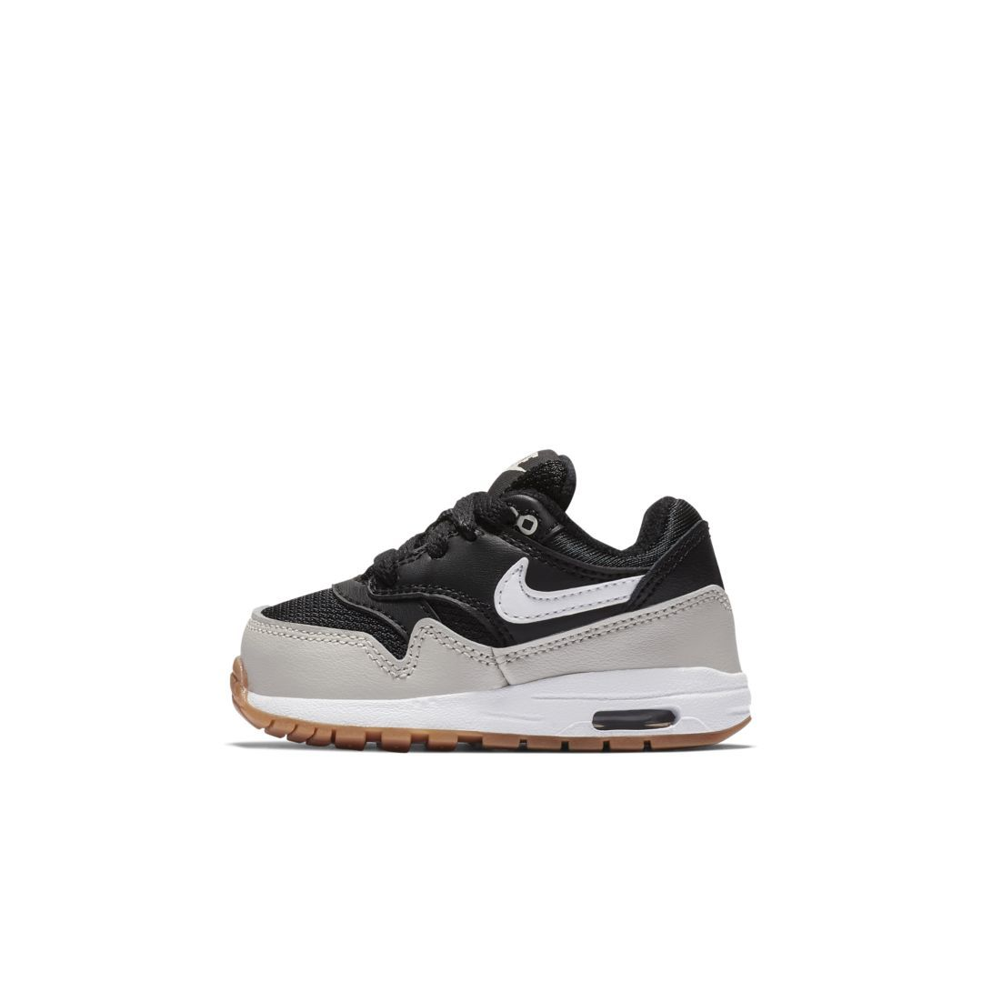 pretty nice 3eeed 1ce29 Nike Air Max 1 Infant Toddler Shoe Size 5C (Black)