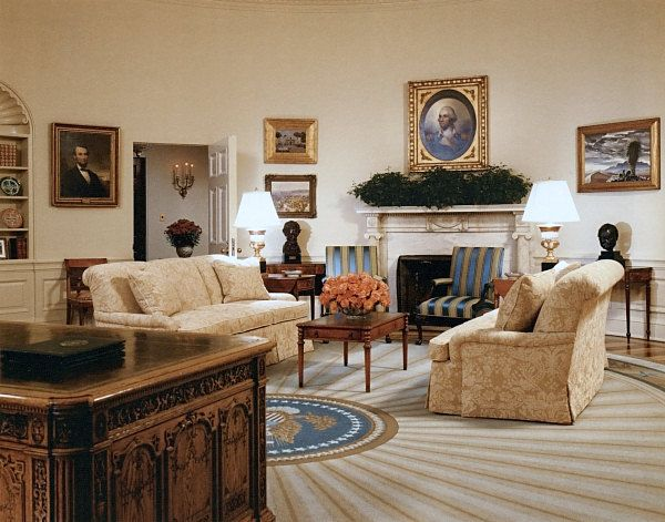 The bush oval office what can american president do for you street