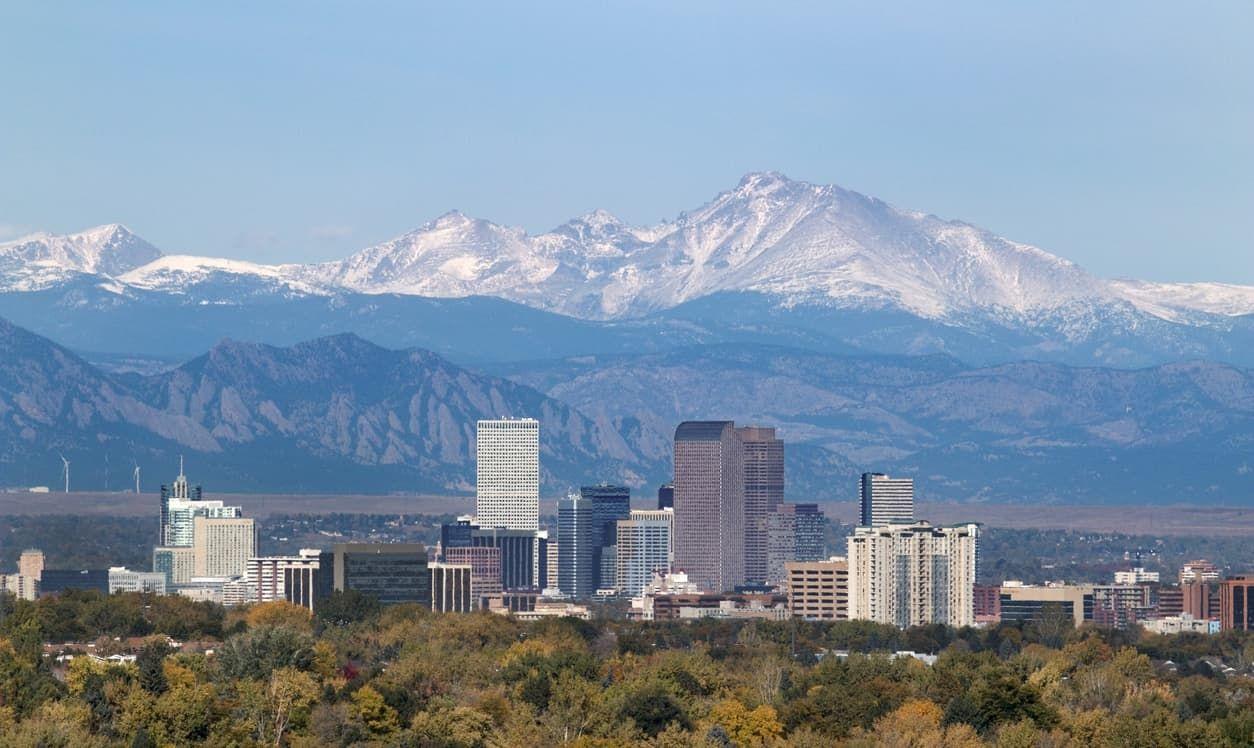 5 Places In The U S Where You Can See Snow Now Colorado City Denver Colorado Downtown Colorado