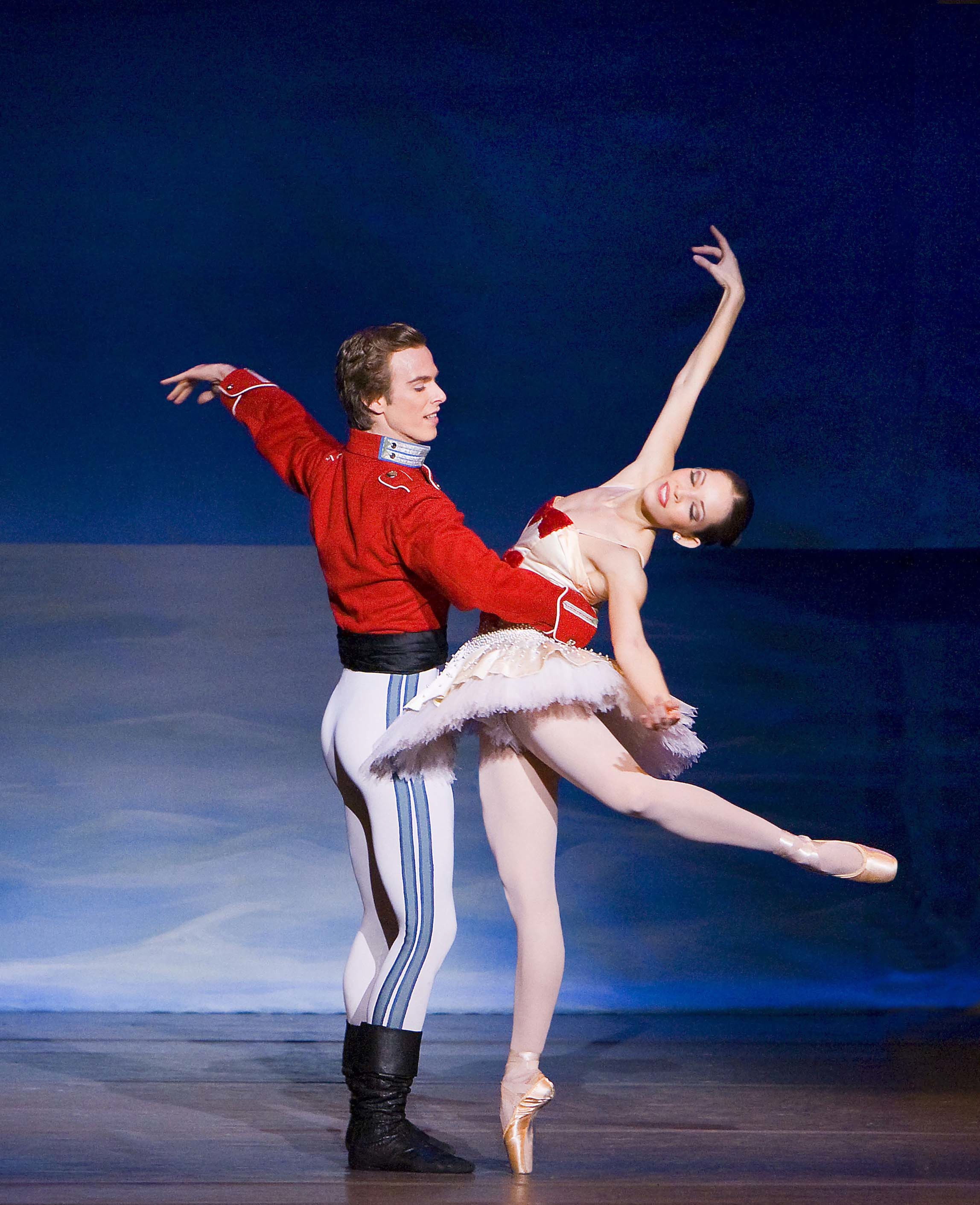 Pin By Fa Note On The Nutcracker Ballet Ballet Performances Nutcracker Ballet Mikhail Baryshnikov