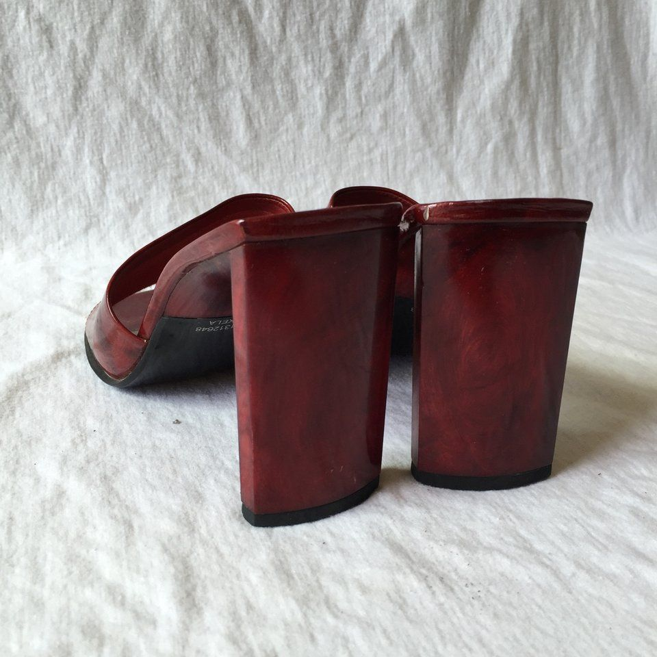 4614bf3dc4 Hilliard   Hanson leather heels with wood heel. Red patten - Depop