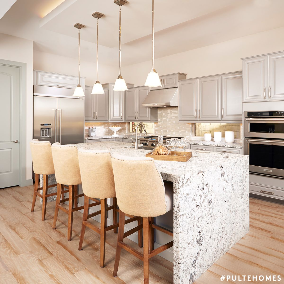 A sleek, do-it-all design! A kitchen counter that doubles as a ...