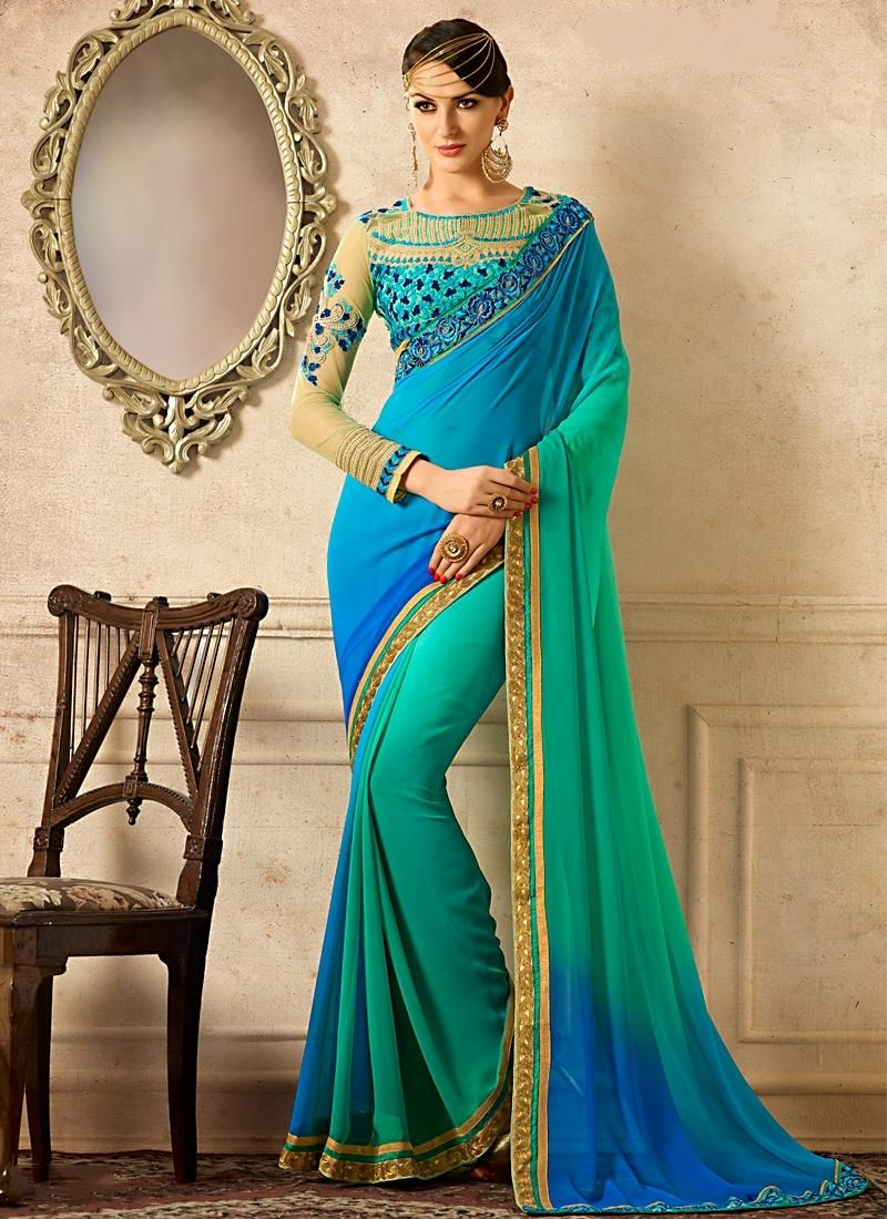 Distinctive classic designer saree for wedding designer sarees