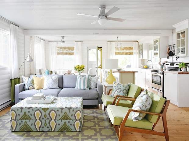 21 Fresh Modern Living Room Designs: Mid-century Modern Chairs Were Recovered In Fresh Green To