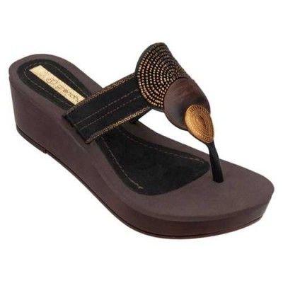 8215c3ece9c7d9 Grendha Women s Aisha Platform Sandal-Brown-Size 6