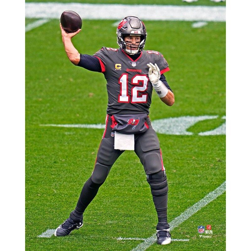 Tom Brady Tampa Bay Buccaneers Fanatics Authentic Unsigned Pewter Jersey Throwing Photograph In 2021 Tom Brady Tampa Bay Buccaneers Bucs Football
