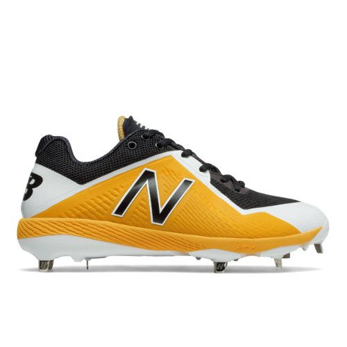 black and yellow new balance cleats