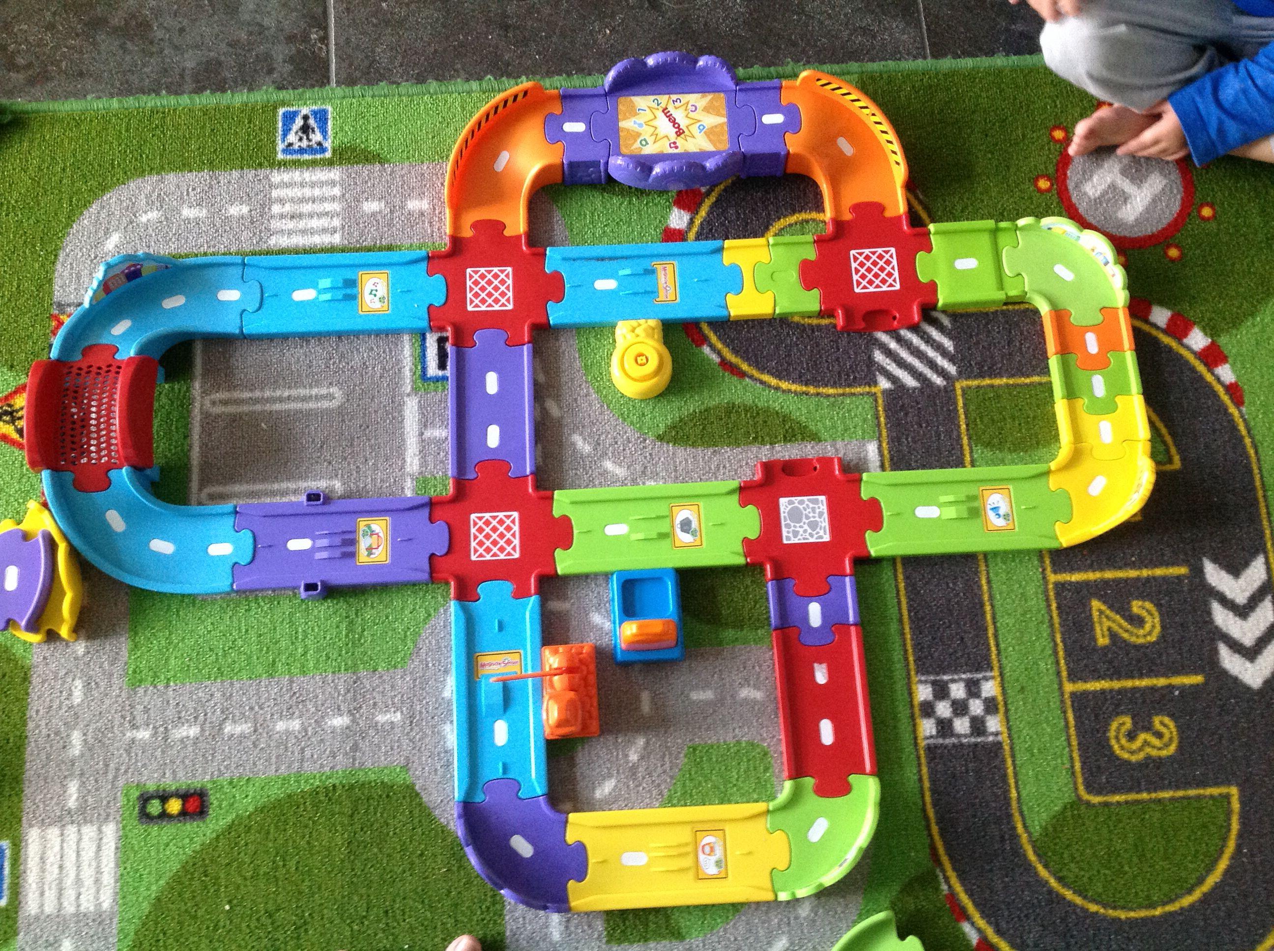 Toet Toet Garage : Ideeën om te maken van toet toet autos home home