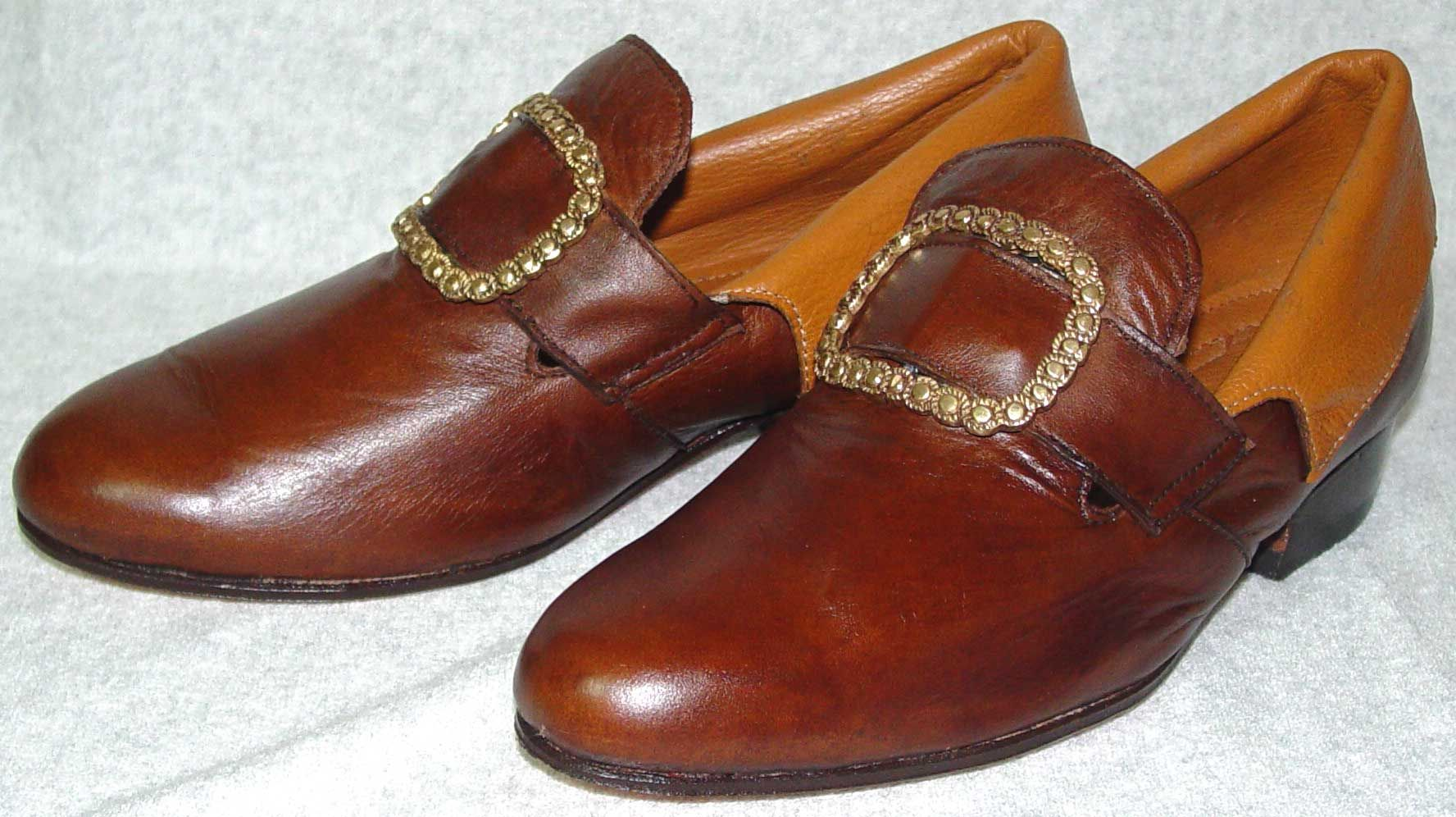 18th Century Pirate Shoes with Gold Buckle
