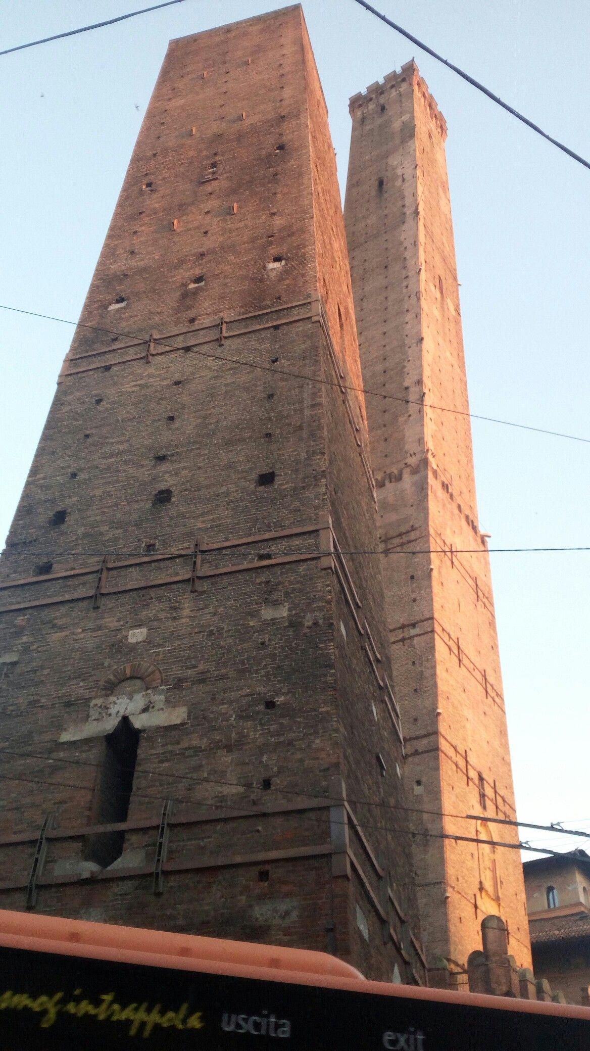 Torre Dell Asinello Bologna Italy Luoghi Da Visitare