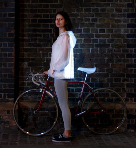 Deimatic Clothing mimics animal defenses to get women cycling