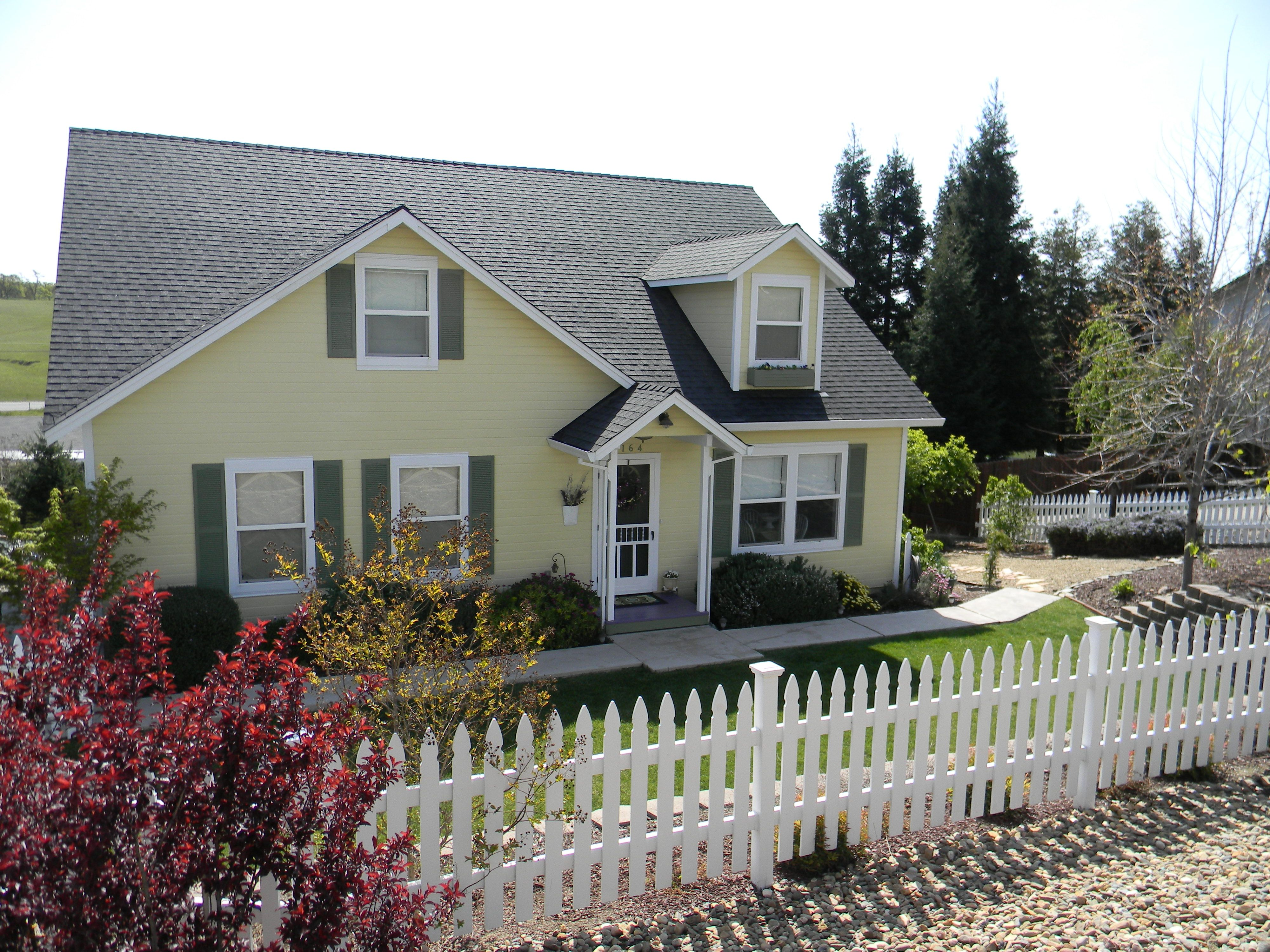 yellow house with picket fence my yellow house pinterest yellow houses fences and house. Black Bedroom Furniture Sets. Home Design Ideas