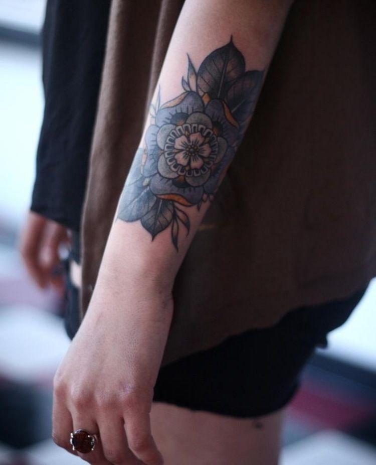 Unterarm Tattoo für Frau - 47 Ideen für schöne Motive (mit