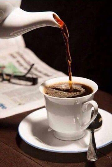 Pin de Ender Godoy en CAFÉINE   Imágenes de café, Frases de cafe, Amo el  café
