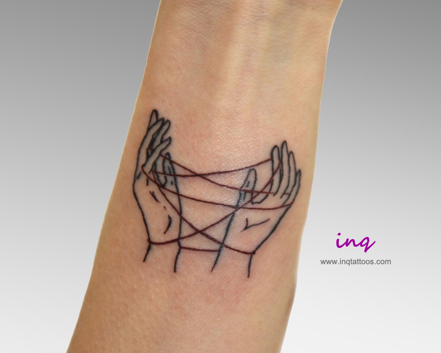 Cat S Cradle Forearm Tattoo Em 2020 Alexandria
