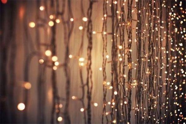Holiday Inspiration Candlelight And Firelight And Mistletoe Christmas Lights Wallpaper Christmas Lights Christmas Fairy Lights