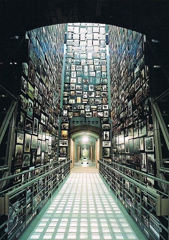 Resultado de imagen de El museo del holocausto de EEUU en Washington
