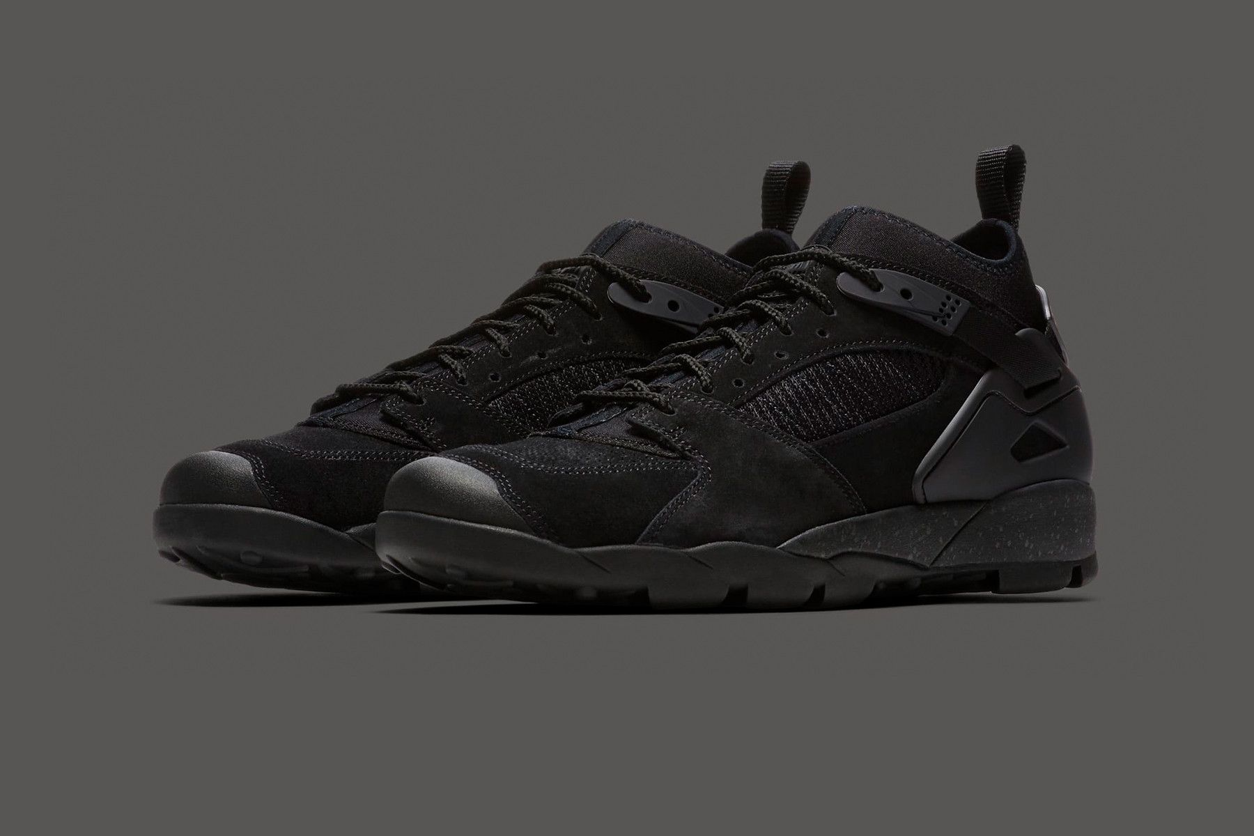 7a8c20e10e7 Nike's Classic '90s ACG Air Revaderchi Receives an Official Release ...