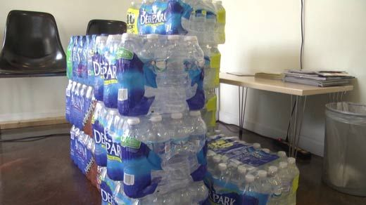 Walmart, beverage-makers announce water donations for Flint