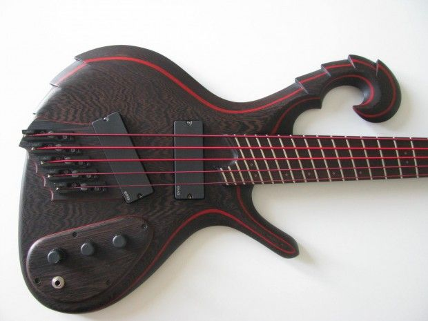 Pin by Chris Knutson on luthierie Guitar, Custom bass