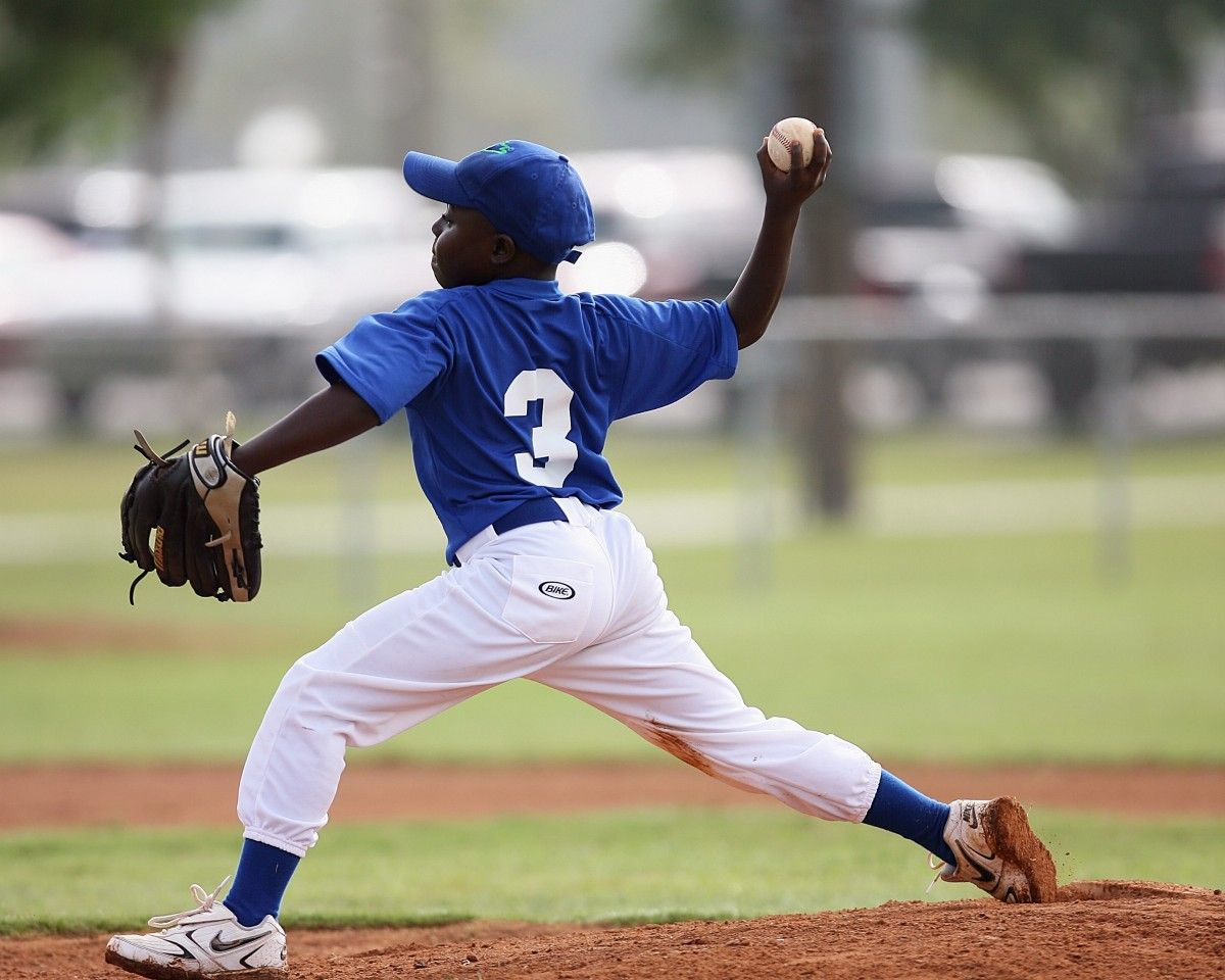 11 Mistakes You Are Making When Pitching A Story The Writing Cooperative Baseball Baseball Players Little League