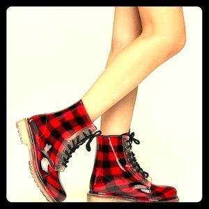 dirty laundry Shoes -Dirty Laundry Plaid Rain Boots Love these boots soo much!!