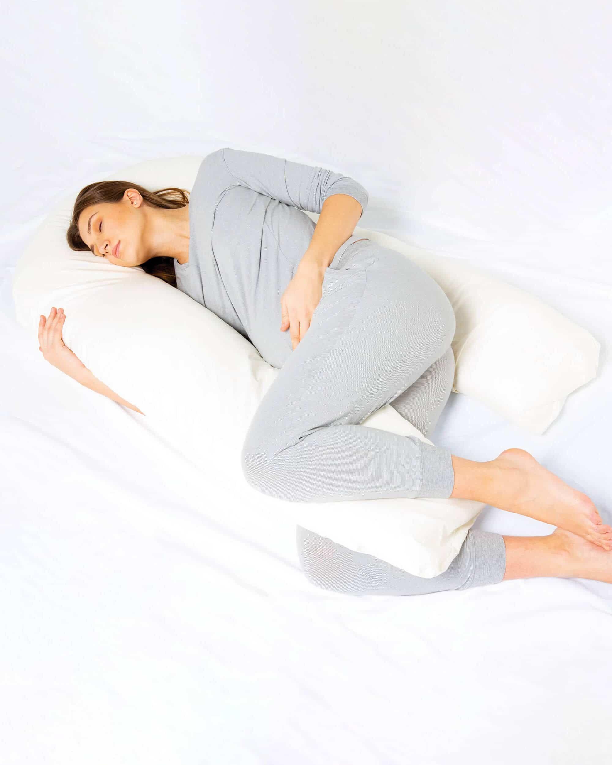 Kally Pregnancy Body Pillow | Bizziebaby