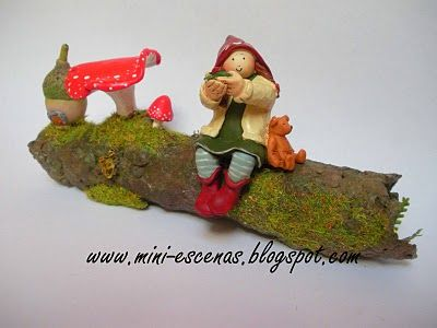 Handcraft tree trunk with the Fairy of wishes