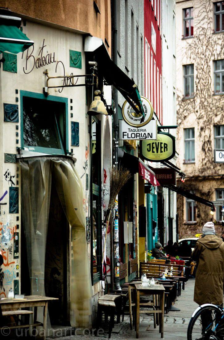 Cafe & Restaurant - #Building, #city, #Gebäude, #Stadt
