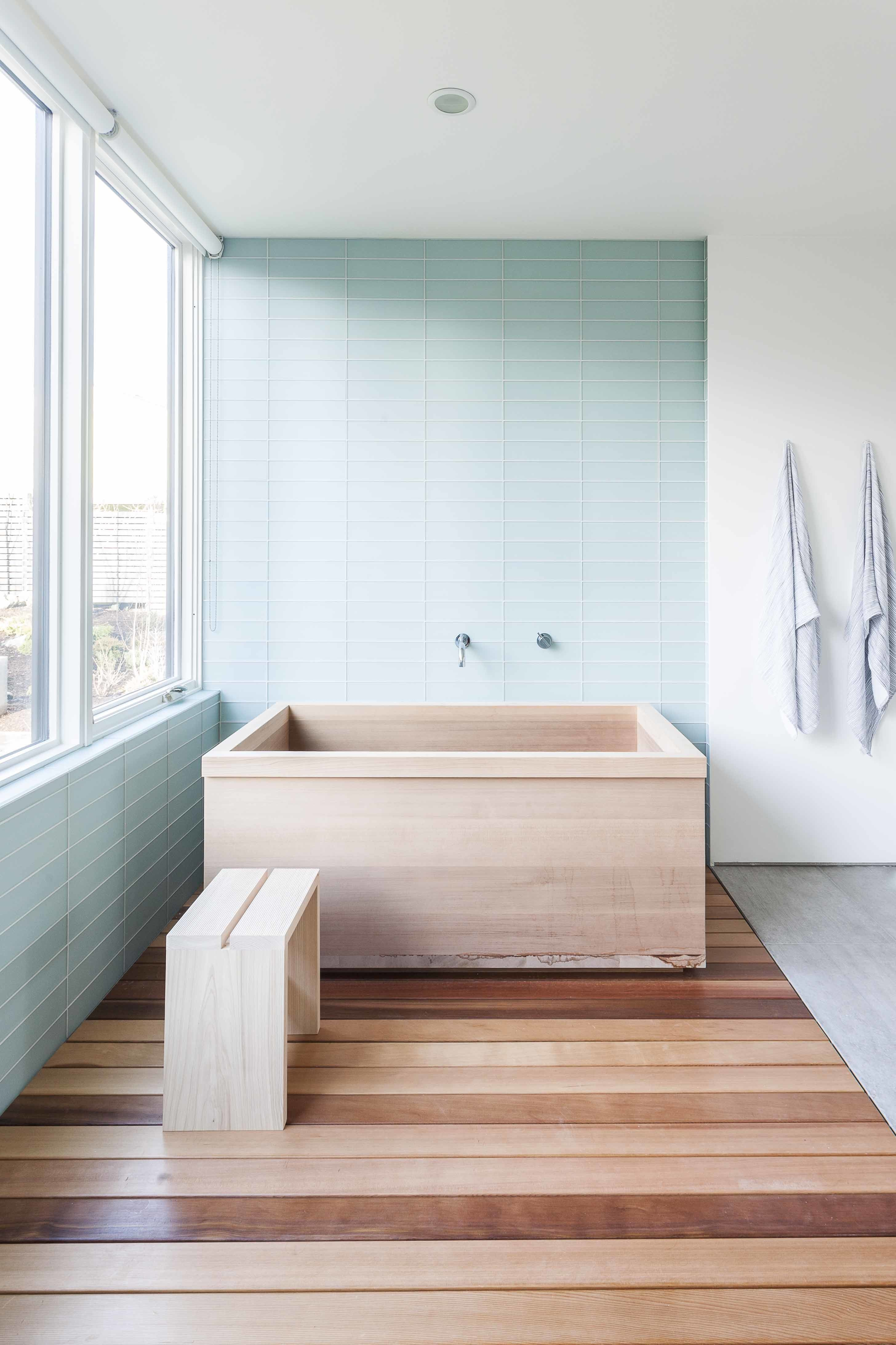 photo 3 of 10 in 10 ideas for the minimalist bathroom of your dreams rh pinterest com
