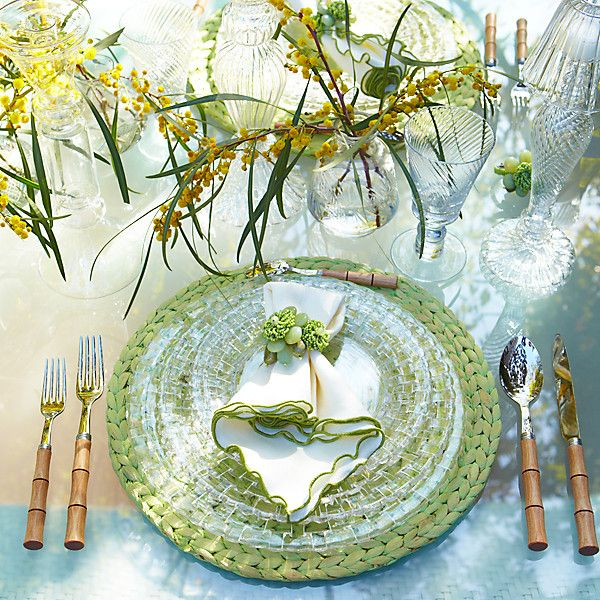 Outdoor Table Setting Ideas Mesmerizing The Secrets To Hosting A Stunning Spring Gathering  Glasses Decorating Design