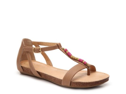 Adam Tucker by Me Too Nickie Strappy Flat Sandals wc36OQXK
