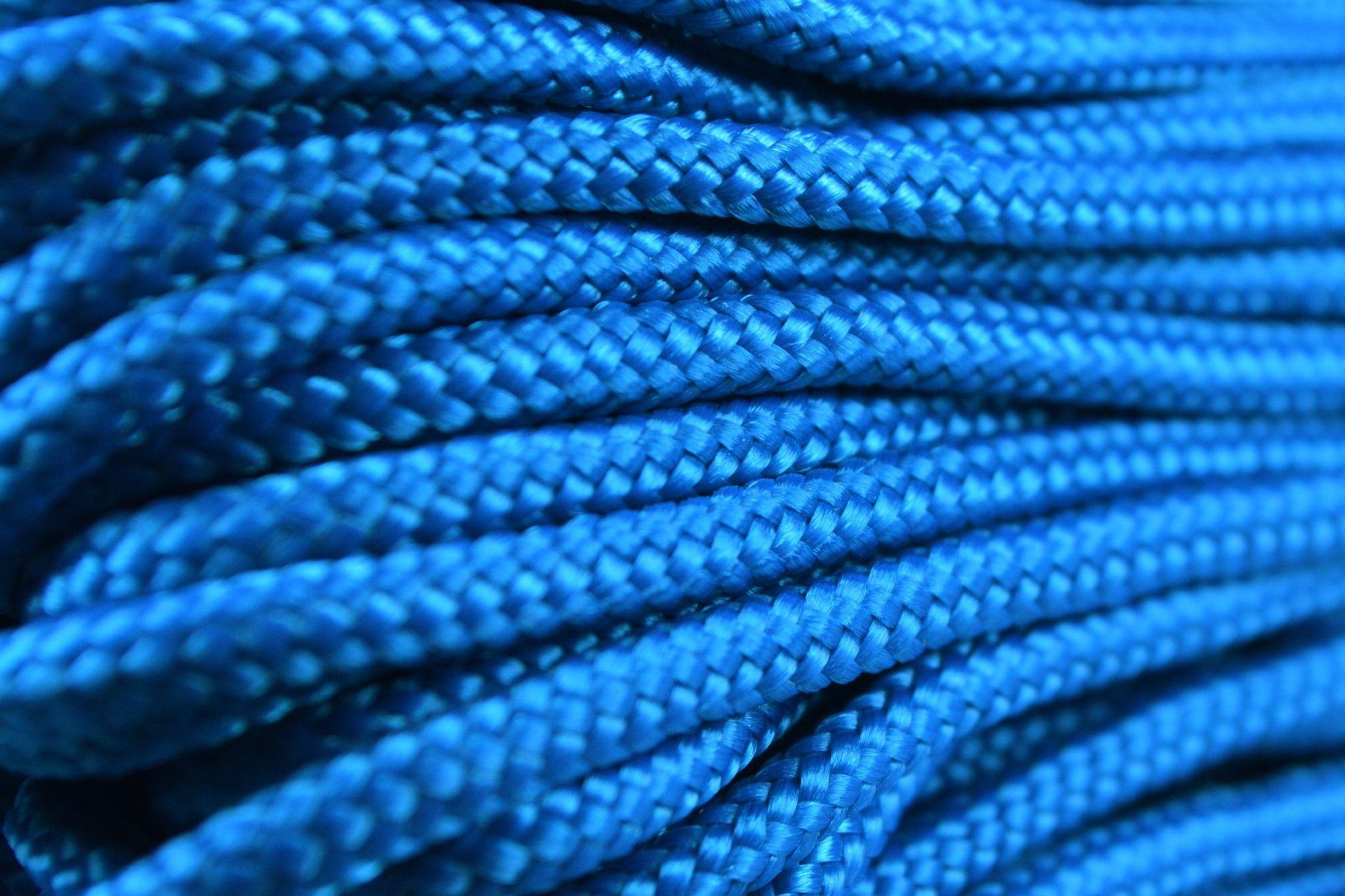 425 - Caribbean Blue