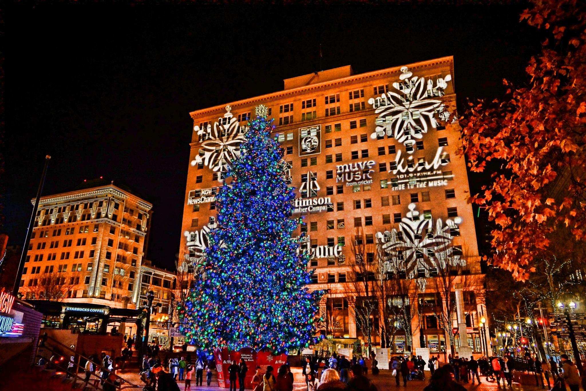 Portland Christmas Tree.Portland Oregon I Would Love To See It Oregon Singing