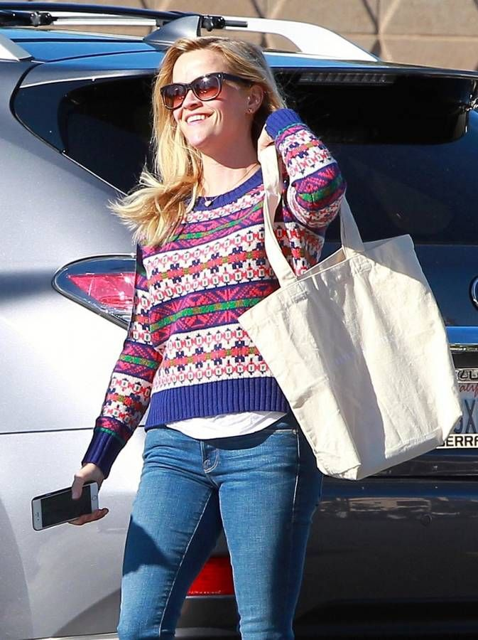 Le pull de Noël de Reese Witherspoon