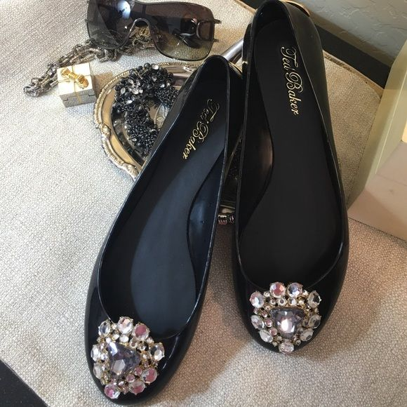 3c3f4738b SOLD OUT!!! Stunning Black Flats with beautiful accents! Size Ted 7   9 Women s  Ted Baker Shoes ...