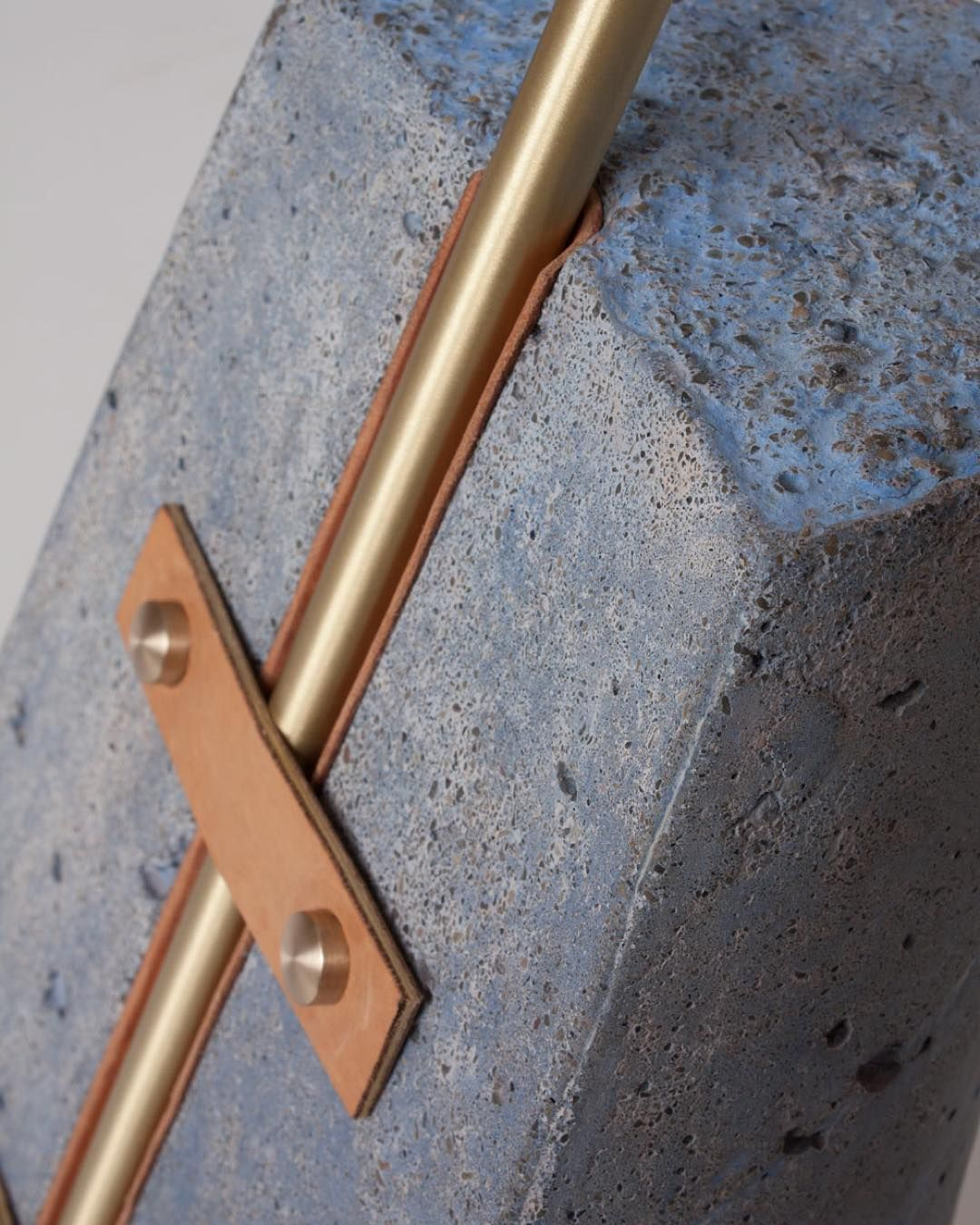 bold detail via bec brittain gold design simple detail pinterest m bel werkraum und. Black Bedroom Furniture Sets. Home Design Ideas